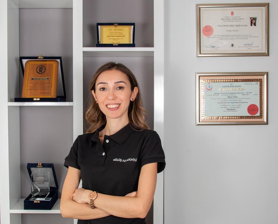 Dr. Dt. BANU ERBAŞ